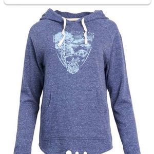United by Blue pennent hoodie xs in blue